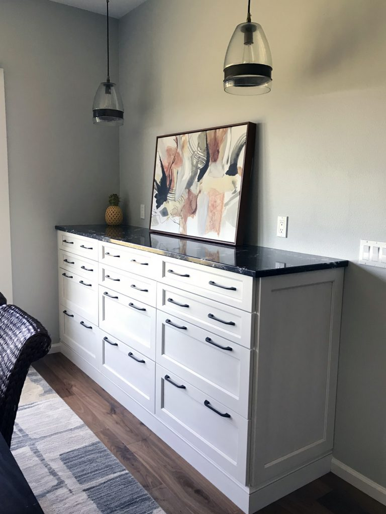 Buffet sidebar cabinet
