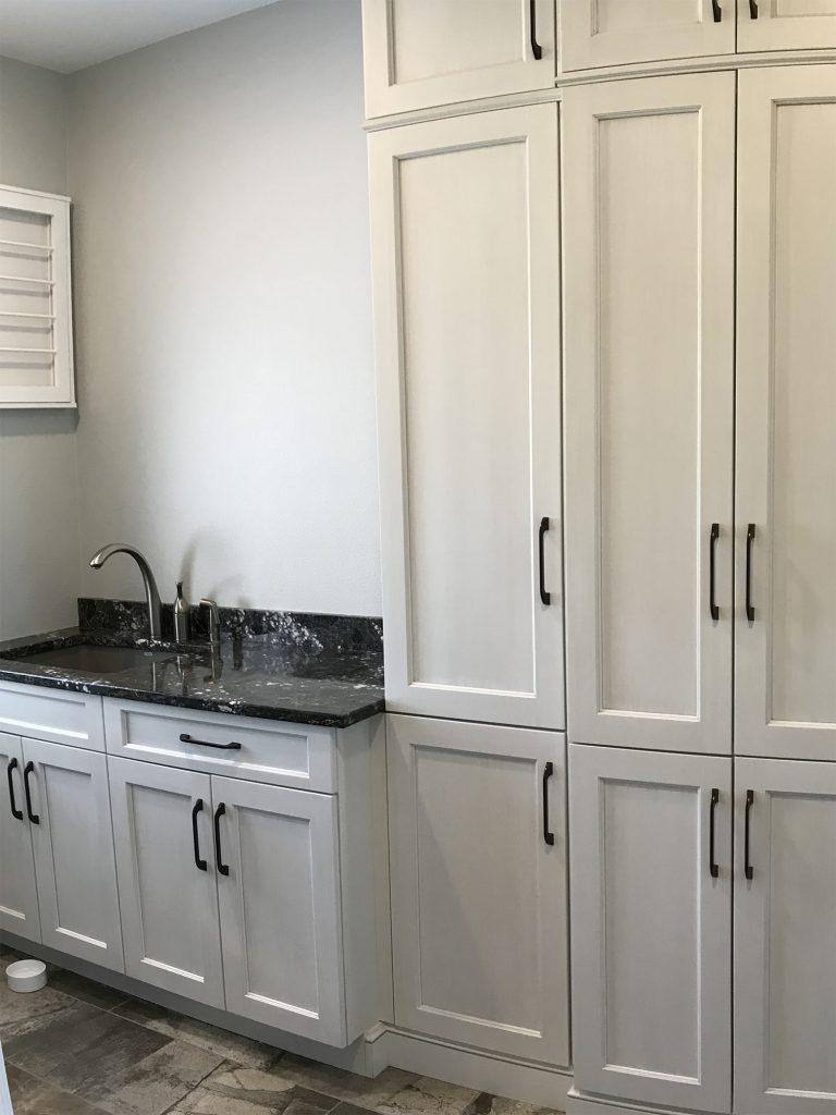 Laundry cabinet with sink