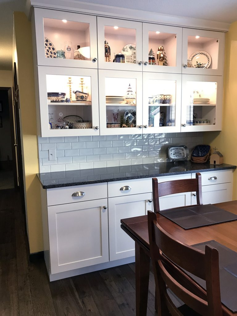 White Shaker display, buffet