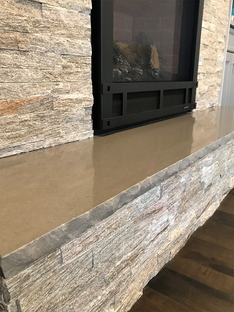 Stacked stone fireplace mantle
